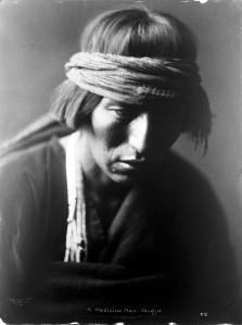 L0014328 Portrait of 'A medicine man, Navajo'