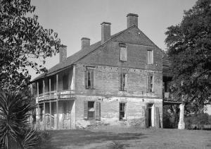 Live_Oak_Plantation_House